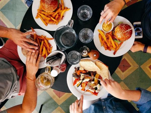 kalorienbedarf-coaching-basiswissen-ernaehrung-nutri-plus-600x450